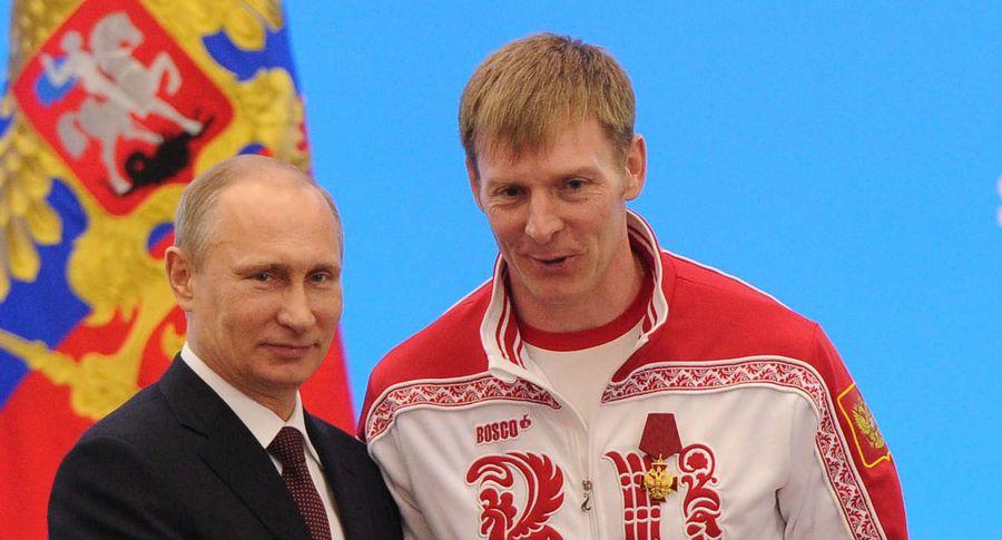 Зубков подтвердил, что МОК выдвинул против него обвинения вдопинге