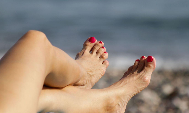 Смотреть фото женских пальчиков ног, Красивые ступни девушек это прекрасно (фото.) 23 фотография