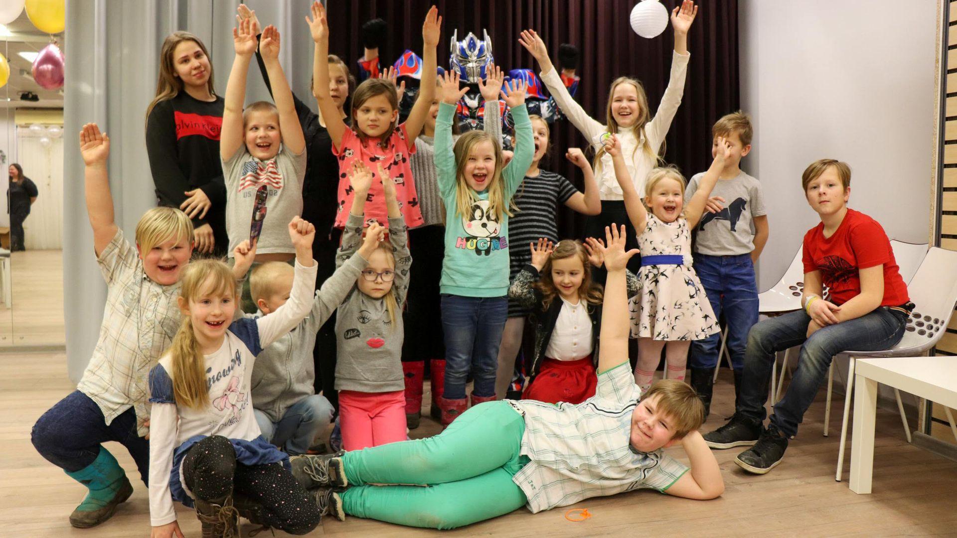 Valgamaa lasterikkad tähistasid sõbrapäeva suurejooneliselt