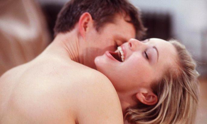 72d2a4a216d Sekspert avaldab: 15 asja, mis teevad naise voodis väga heaks ...
