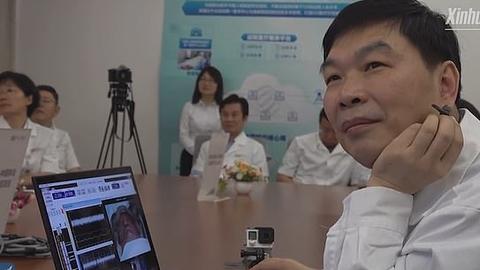 Kirurg Ling Zipei.