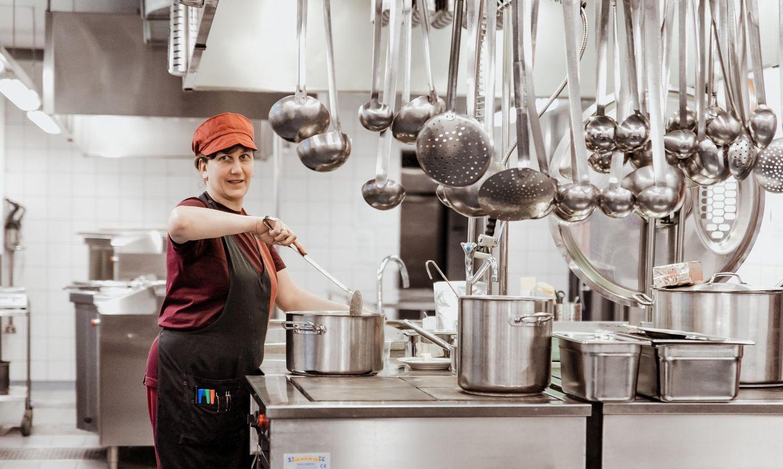 375 toitu ootavat suud ehk Kuidas töötab haigemaja köök
