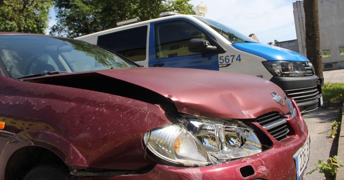 Paide kesklinnas põrkas kaks sõiduautot kokku
