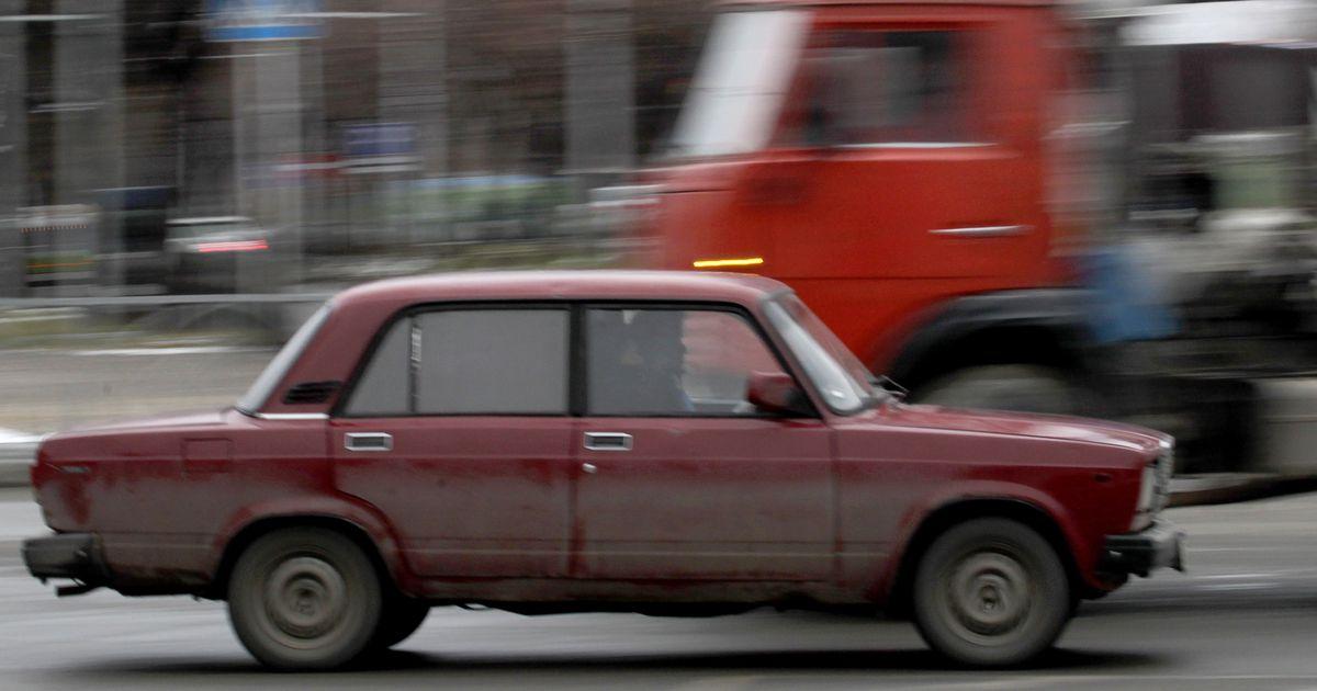 Venemaal hukkus jõkke paiskunud autos neli inimest