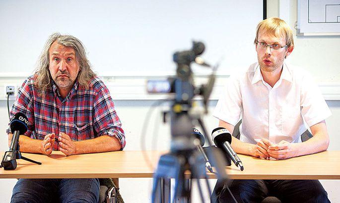 7c9b0bb723d Eesti Jalgpalli Liidu president Aivar Pohlak ja pressišeff Mihkel Uiboleht  annavad aru, mille alusel Elvis Liivamägi süüdi mõisteti.