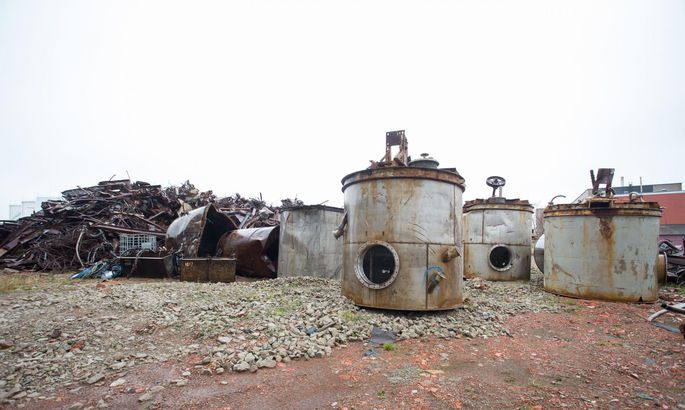 Отходы находятся на закрытой территории Silmet. ФОТО: Marianne Loorents/Virumaa Teataja