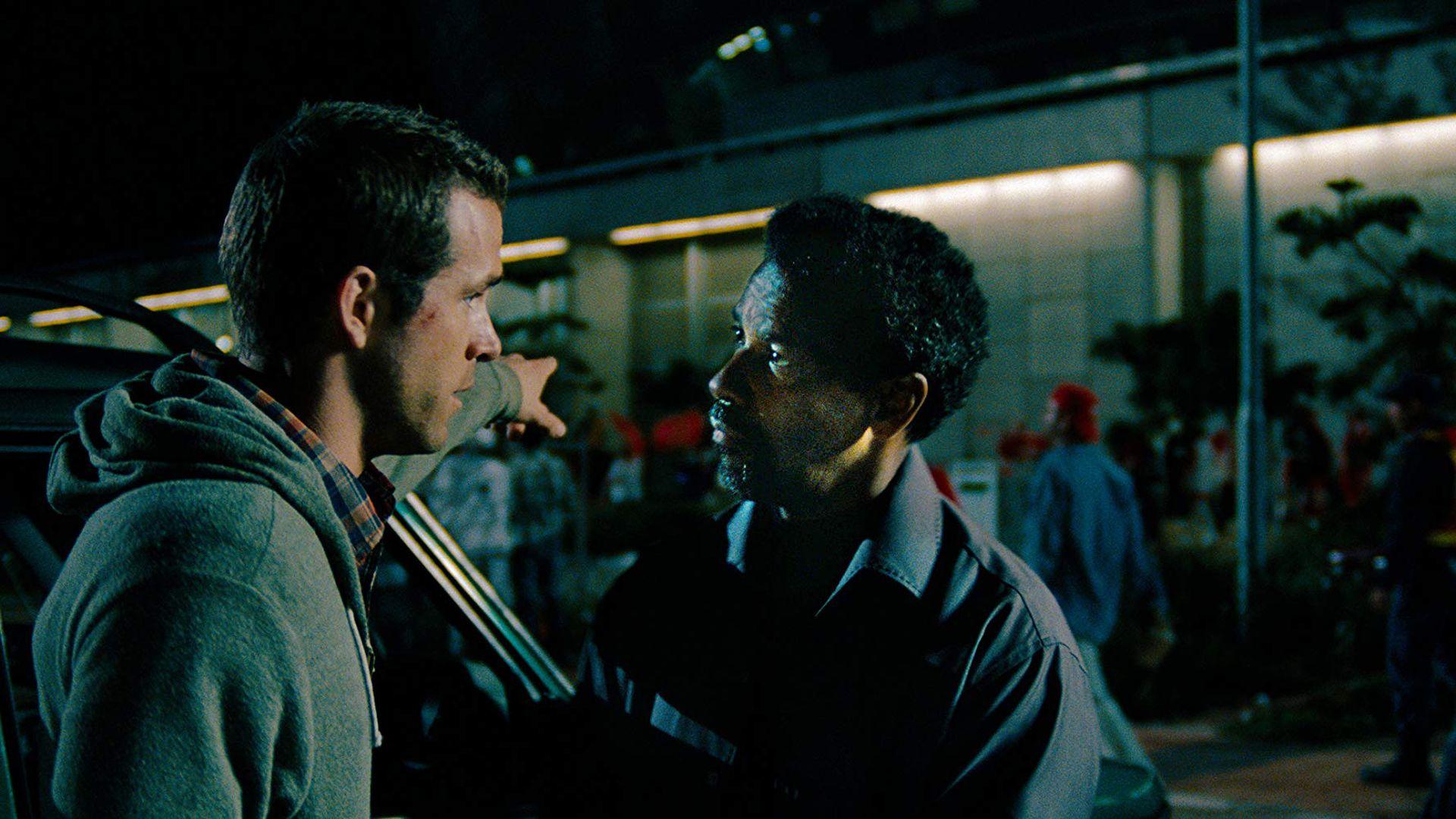 Põnevus Kanal 2s:  Denzel Washinton ja Ryan Reynolds pagevad «Turvamajas» elu eest