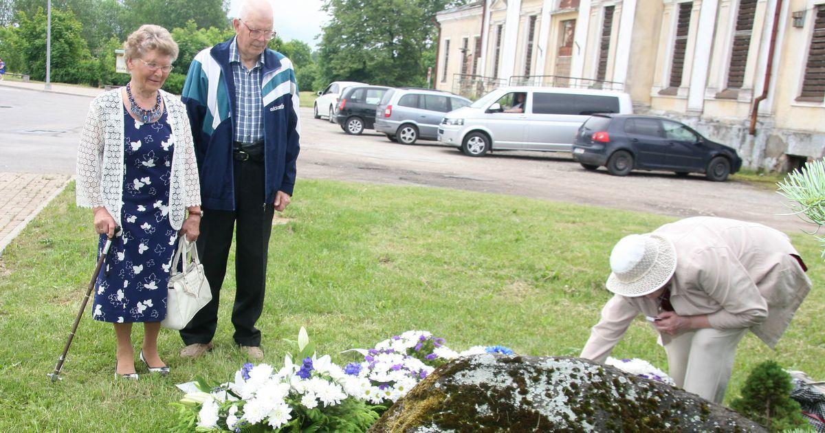 Jõhvis mälestas juuniküüditamist mõnikümmend inimest