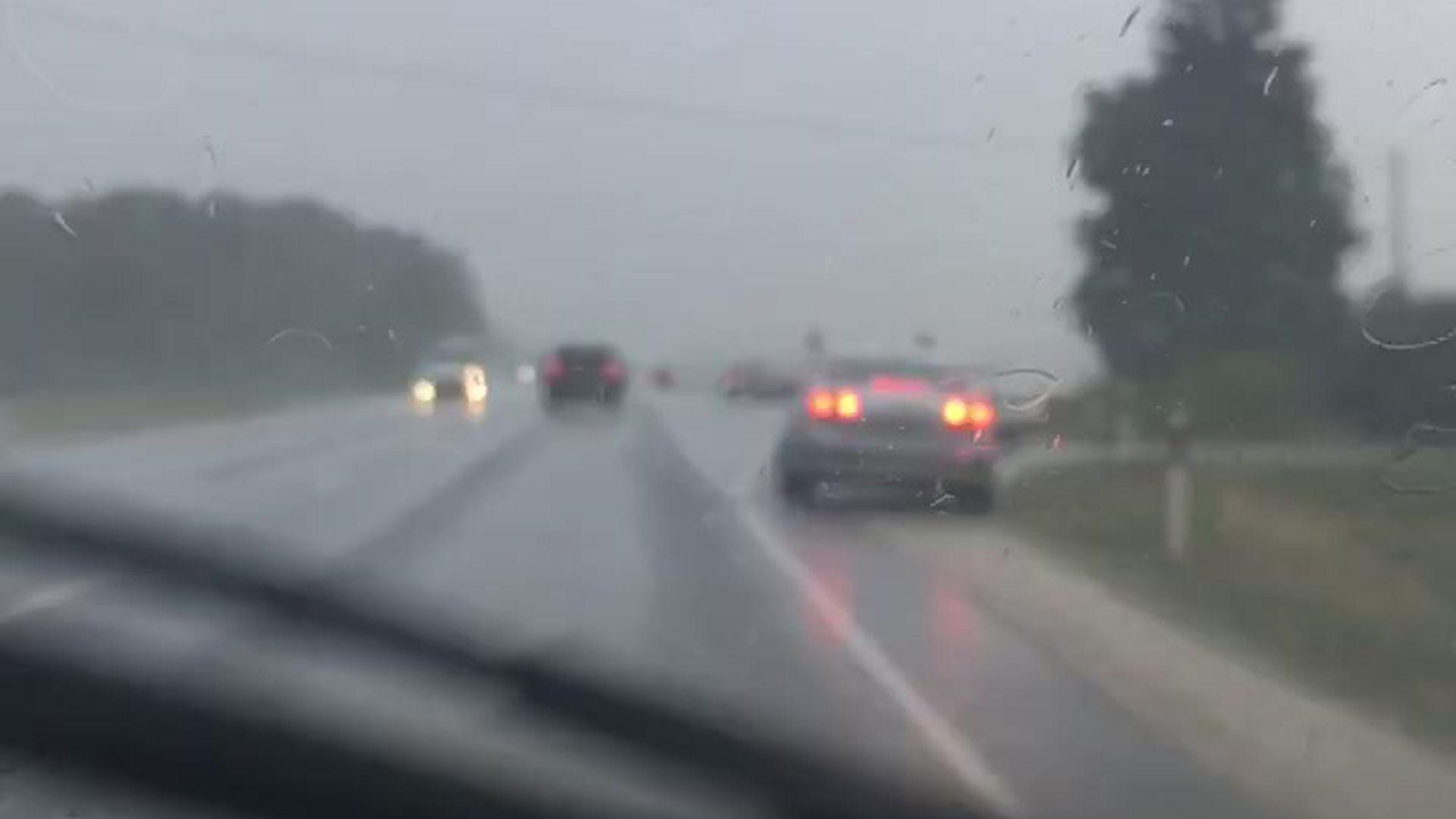 d9277b18a7f Video: tugev äike Kesk-Eestis peatas Tallinna-Tartu maanteel liikluse -  Postimees: Värsked uudised Eestist ja välismaalt