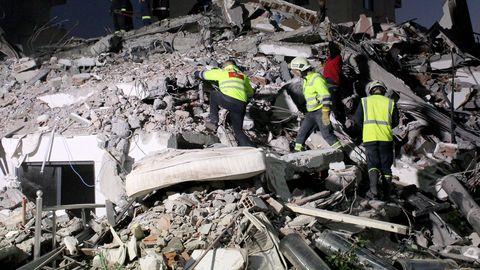 Albaania maavärinas hukkus vähemalt 20 ja sai viga 600 inimest