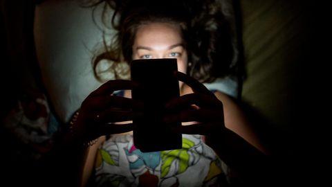 Et oma uni korda saada, võiks poolteist tundi enne und ergutavad tegevused lõpetada.