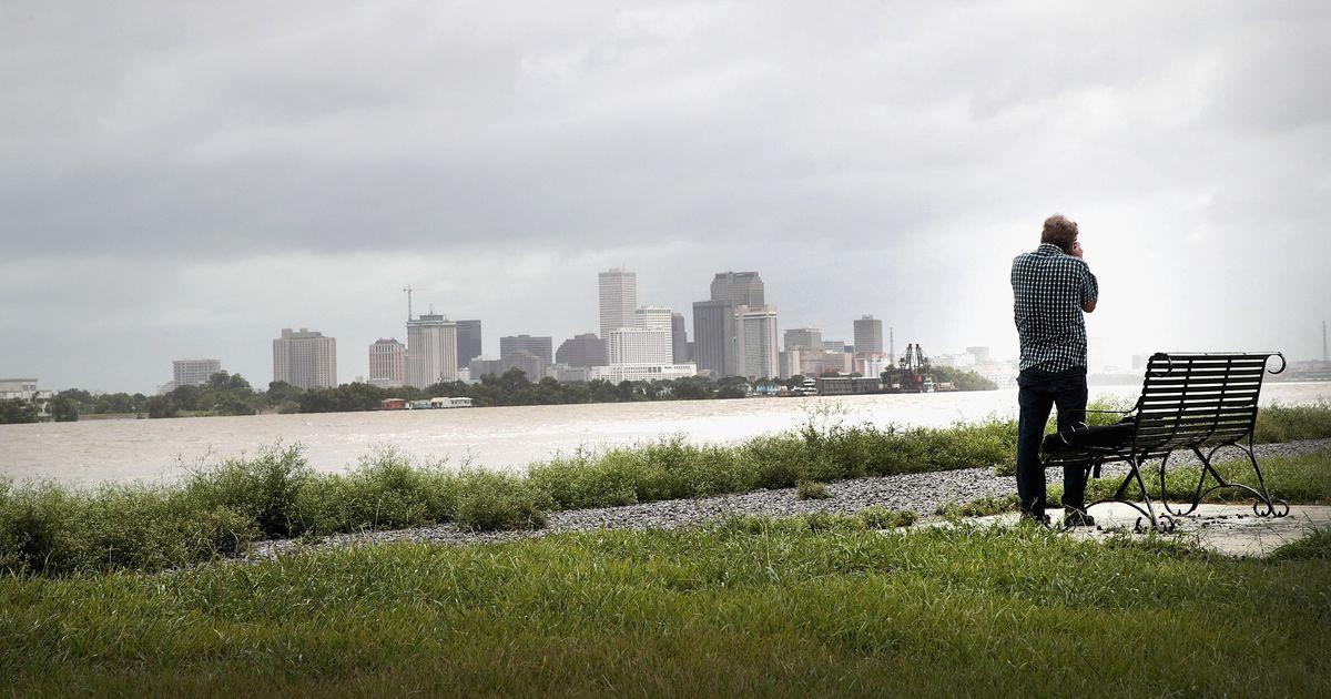 USA president kuulutas New Orleansile läheneva tormi tõttu välja eriolukorra