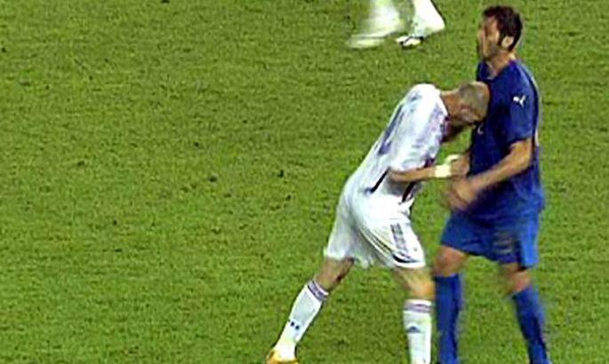9676668b6d0 Maailmakuulus stseen, kus Zinedine Zidane lööb peaga Marco Materazzit.