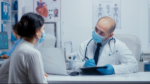 Arsti raviotsused sõltuvad sageli patsiendi enda avatusest: kui täpselt patsient arstile enda kohta teavet annab, kui avameelselt jagab ta oma terviseinfot või räägib harjumustest.
