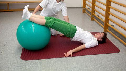 Kõige parem seljavalude ravi on füsioteraapia. Pilt on illustratiivne