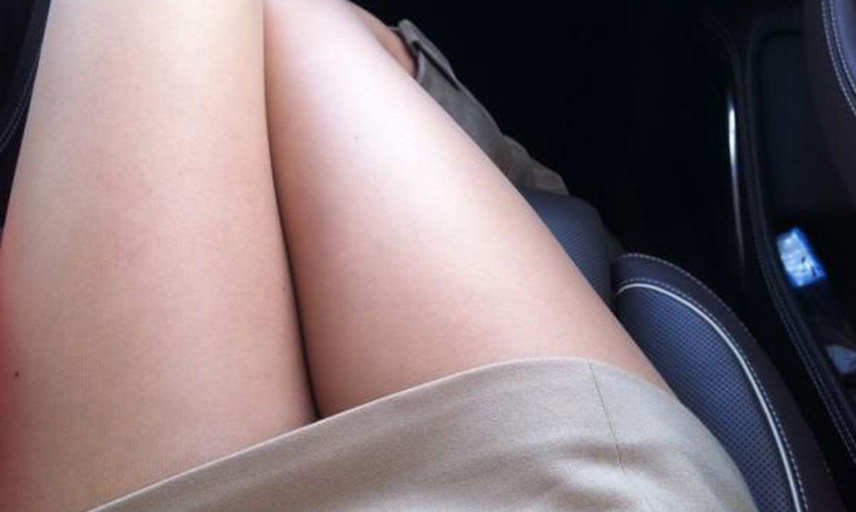 Фото между ног у девушек в контакте, Фото дырочек между ног у девчонок (33 фото) - порно 12 фотография