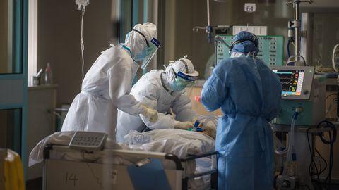 Wuhani haiglas on kibekiired päevad.