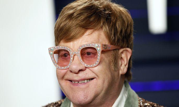 672bb60fbc6 Elton John avaldas, millise raamatu kirjutamine tal hetkel käsil on ...