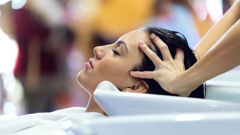 Juuksepesu ajal võib olla aju verevarustus ohtlikult piiratud.